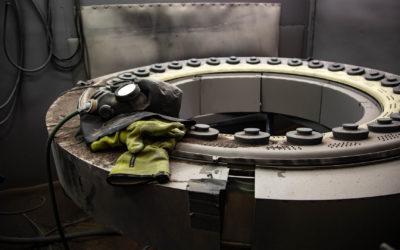 Blästring med aluminiumoxid av turbindetalj